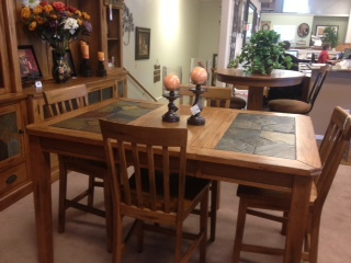 holiday prices on dining room tables at zaengles