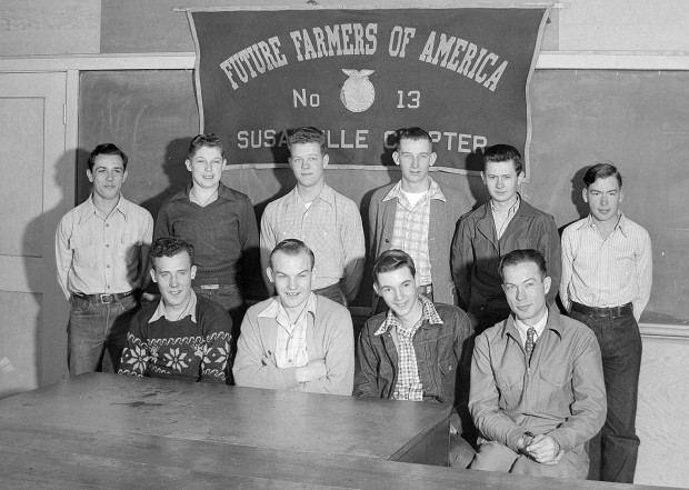 Susanville Chapter of the Future Farmers of America in 1948. Left to Right, seated: Don Gelmstedt, Bev Farwell, Stuart Robinson, Mr. Kinsey. Left to Right standing: Ray Boneck, Wallace Nye, Wilbur Stampfli, Jimmy Fraley, Lee Ragsdale, Ralph Fouse.