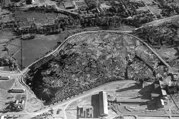 Fruit Grower's mill pond from the air in an early 1940's Eastman Studios photo.